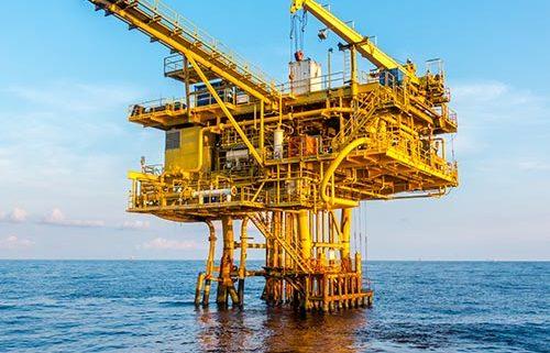 Agua a Alta Presión en Yacimientos Petroleros